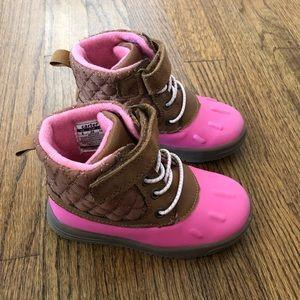 Carter's Duck Boots